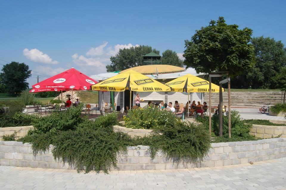 letná terasa margarétka topoľčany