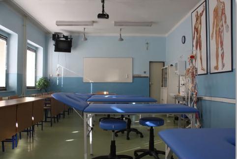 stredná zdravotnícka škola sv. vincenta de paul topoľčany