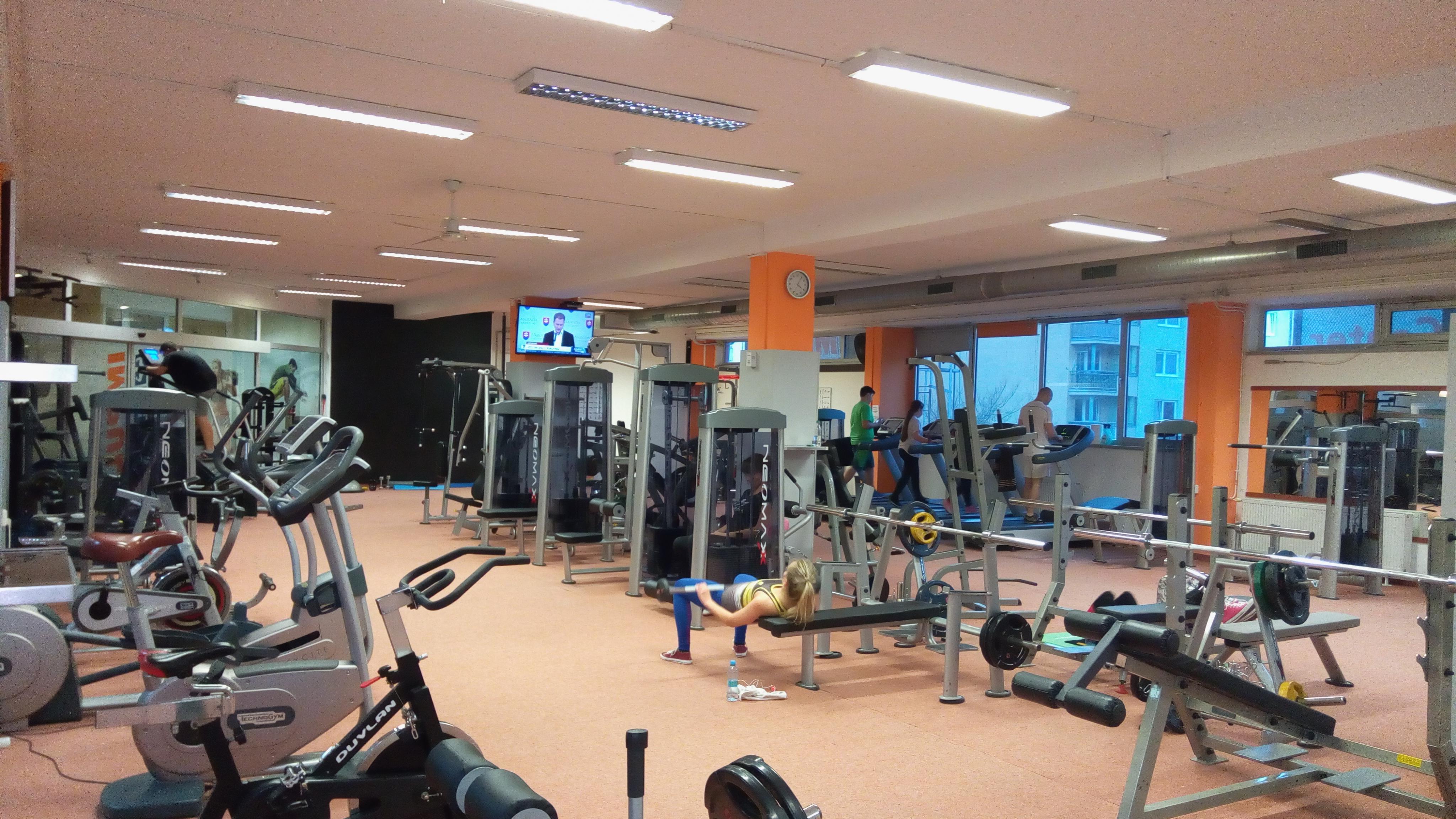 silové stroje impulz fitness club topoľčany