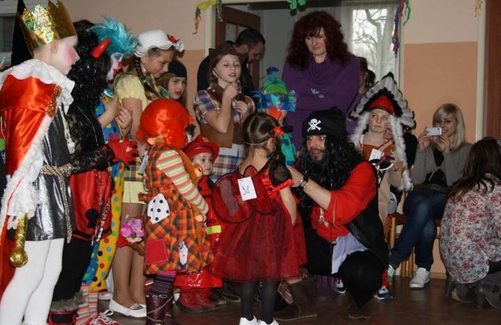 karneval tesáre
