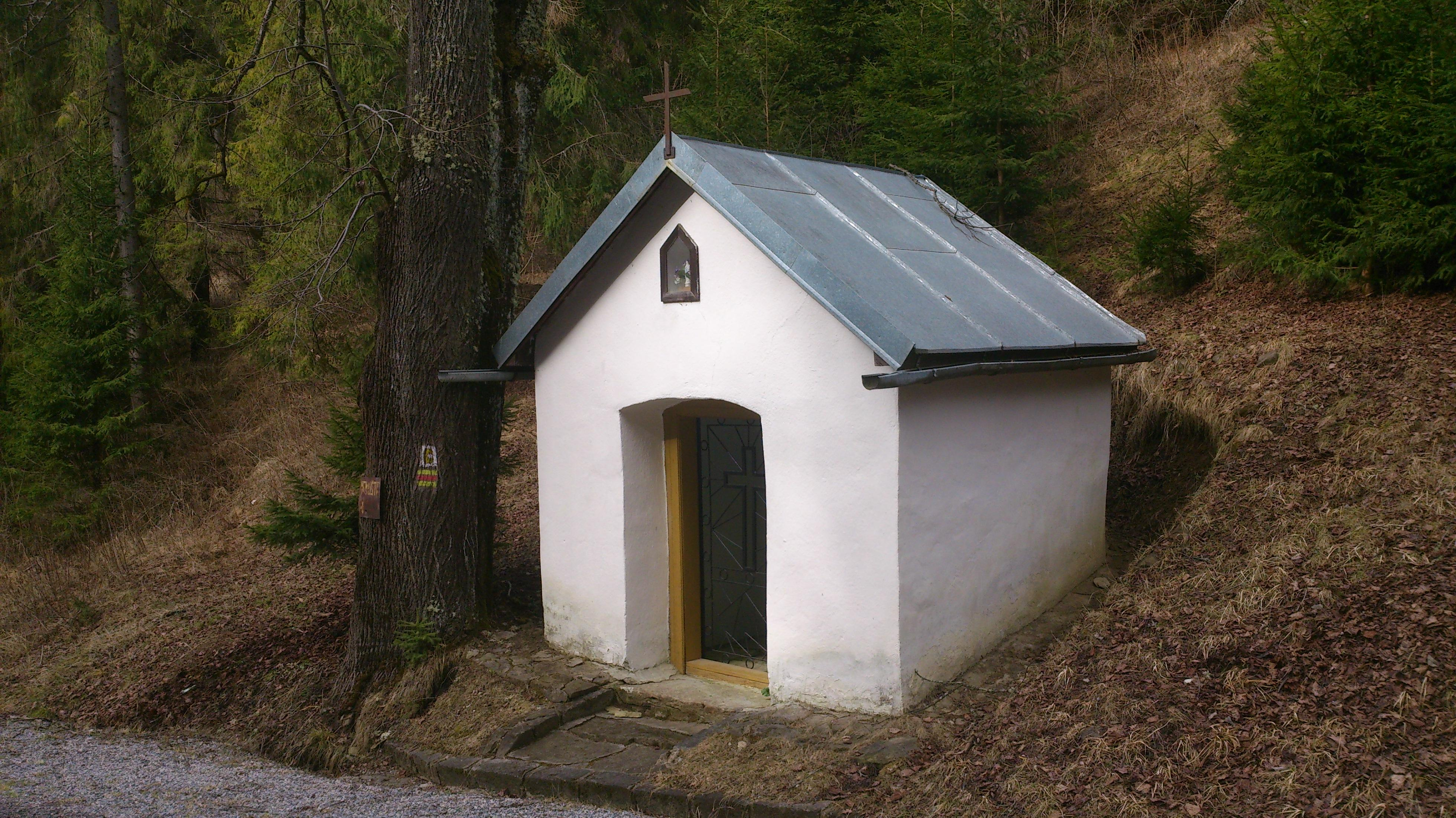 kaplnka zasvätená Panne Márii obec Závada