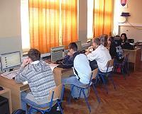Odborná počítačová učebňa SOŠ techniky a služieb Topoľčany