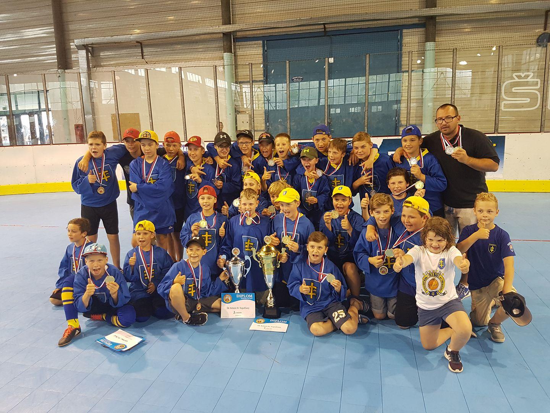 f6cd8a64f88a Mladí hokejbalisti sú zlatí!!! - Katalóg firiem