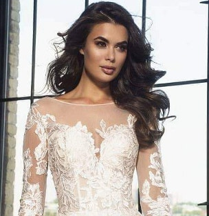 f5c0b7303912 V svadobnom salóne Celiné si nájde šaty každá princezná. Na ...