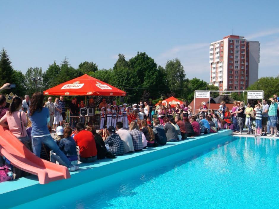 4222aed972 Otvorenie letného kúpaliska v Topoľča - Šport a relax